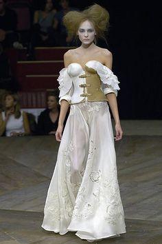 Alexander Mcqueen Spring/Summer 2007 Ready-To-Wear Collection | British Vogue