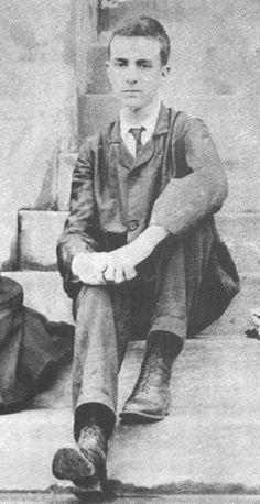 Fernando Pessoa, 1904. Aquí ya había cumplido los 16.