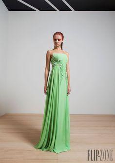 Basil Soda Spring-summer 2015 - Ready-to-Wear - http://www.flip-zone.net/fashion/ready-to-wear/independant-designers/basil-soda-5149