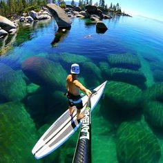 Paddle session anyone? Do you know something about this incredible place? 📍SouthLakeTahoe 📍#California 🇺🇸🌎 (📸: @LakeShoresUp ) #RESPECT  #bigfootwaves #ocean #sport #surfing #beach #ocean #gopro #canon #nikon  #surf 🌊🏄