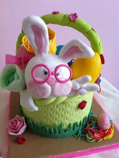#bunny #cake #easter #design #foodie www.lallabycakes.blogspot.it