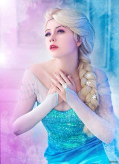 Adult Elsa Wig For Disney Frozen Cosplay Costumes To Buy Online With UK Next Day Delivery And Worldwide Shipping At Star Style Wigs Frozen Cosplay, Elsa Cosplay, Disney Cosplay, Frozen Costume, Cosplay Anime, Cosplay Girls, Elsa Frozen, Disney Frozen, Disney Land