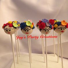 Frida Kahlo Cake Pops Cake Pops, Fiesta Cake, Fiesta Party, Mexican Birthday, Mexican Party, Mini Cakes, Cupcake Cakes, Frida Kahlo Birthday, Magnum Paleta