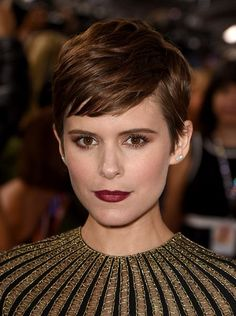 Kate Mara - Stunning Hairstyle Ideas from Brunette Celebrities - Photos Liza Minnelli, Edgy Pixie Hairstyles, Pixie Haircut, Diy Hairstyles, Hairstyle Ideas, Summer Hairstyles, Kate Mara Pixie, Short Hair Cuts, Short Hair Styles