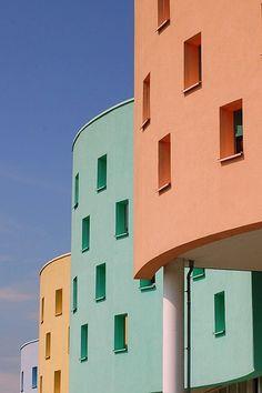 Zeewolde by Jan van der Wolf Space Architecture, Amazing Architecture, Architecture Details, Exterior House Colors, Exterior Paint, Wall Colors, Building A House, Geometry, Dutch