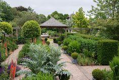 Garden Designs for Entertainment - Robinwilliams