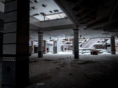 Deserted Places: The abandoned Rolling Acres Mall in Ohio