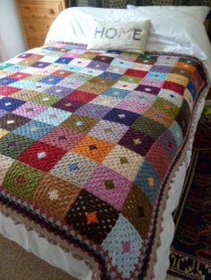 Transcendent Crochet a Solid Granny Square Ideas. Inconceivable Crochet a Solid Granny Square Ideas. Crochet Afghans, Crochet Bedspread, Crochet Quilt, Crochet Blocks, Afghan Crochet Patterns, Love Crochet, Crochet Stitches, Crochet Blankets, Crochet Cushions