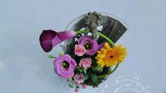 Flower Arrangements, Glass Vase, Floral Wreath, Concept, Wreaths, Flowers, Home Decor, Floral Arrangements, Floral Crown