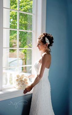 Wedding photography bride poses #wedding