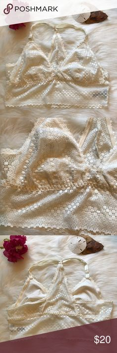 Aerie a Razor Back White Lace Bralette Brand new without tags! Size large. Never worn! aerie Intimates & Sleepwear Bras