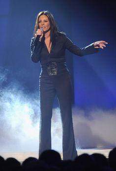 Sara Evans- beautiful! Love all black :)