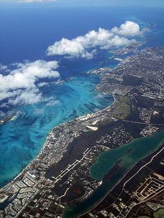 Nassau, Bahamas..seeing it from the air..another thing checked off that bucket list..looks like he's gonna need a new list ...  ;)