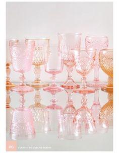 pink glasses via Casa de Perrin