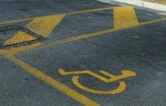 Disabile parcheggia auto: trova biglietti di insulti #kijijiroma #vendo #rome #kijiji #olx #ebay