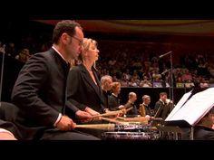 Revueltas, La Noche de los Mayas IV. Noche de Encantamiento-Alondra de la Parra & Orchestre de Paris