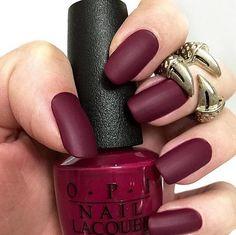 Accurate nails Autumn nails Beautiful nails Burgundy nails ideas Ideas of matte nails Ideas of plain nails Insanely beautiful nails Long nails Matte Nail Polish, Nail Polish Colors, Gel Polish, Maroon Nail Polish, Gel Nail, Matte Nail Colors, Solid Color Nails, Nail Glue, Nail Manicure