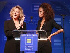 ♥️ Stef and Lena ♥️ Adam Foster, Teri Polo, Human Rights Campaign, Laura Ingalls Wilder, Make A Family, Gala Dinner, Sex And Love, Older Women, Dna