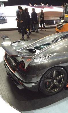 Koenigsegg Agera RS Tonnerre 38f3a3a8a