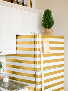 10 simple and inexpensive ideas to make your apartment look great, diy home decor, decoration ideas, decorating tips and tricks, diy projects and crafts Interior Design Styles, Apartment Decor, Apartment Decorating Rental, Home, Home Diy, Diy Home Decor Projects, Trendy Apartment, White Fridges, House Rental