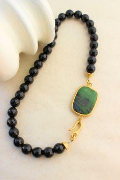 Siyah Kuartz Doğal Taş Aksesuarlı Kolye Beaded Jewelry, Beaded Necklace, Jewelry Crafts, Beading, Pandora, Jewelry Making, Jewels, Shower, Bracelets