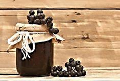 20 nejlepších receptů na džemy a marmelády | ReceptyOnLine.cz - kuchařka, recepty a inspirace Med, Pepper Grinder, Gardening, Stuffed Peppers, Homemade, Canning, Home Made, Lawn And Garden, Stuffed Pepper