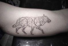 Des-tatouages-géométriques-10.jpg (1070×721)