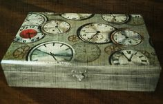Ahşap saat kutusu Decoupage, Clock, Wall, Home Decor, Decorated Boxes, Art Classroom, Watch, Decoration Home, Room Decor