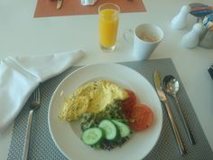 Abu Dhabi Aloft Hotel, fresh made-to-order mushroom and coriander omelette. Perfect.