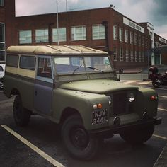 """It's too late to research how to make a proper 4x4 now you've already made a Bentayga! Maybe the 2017 model will have some Land Rover series """"qualities"""" built in??? #Bentley #Bentayga #rangerover #landrover #defender #series3 #landroverseries #landroversoflondon #landroverdefender #hibernot #cheshire #jimhallam #jimhallamlandrovers #picoftheday #photooftheday #repost #crewe #seenthrouglass by jimhallamlandrovers It's too late to research how to make a proper 4x4 now you've already made a…"""