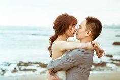 Pre wedding in sea side #prewedding #preweddingphoto #engagementphoto #engagement #sigridchienphoto #engagementphotography