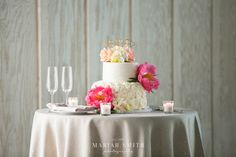 Cake - Michelle Marie's Patisserie Venue - Paradise Ridge Winery Image -Mariah Smith Photography