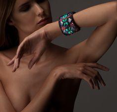 #braceletwithstone#handmadejewerly#beauty#hands#bracelet#uniquejewelry