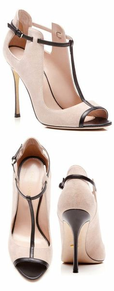 Emperor Blush Suede Pumps