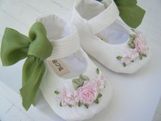Baby Girl Shoes Antique White Vintage Taffeta Mary by BobkaBaby, $53.00