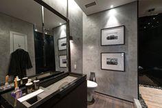 Banheiro masculino.