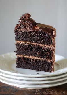 One Bowl Chocolate Cake by rosebakes: This no-fail recipe is perfectly delicious, easy and it never fails me. Oh, and it truly only takes one bowl to make it, so clean up is a breeze. #Chocolate_Cake #Easy