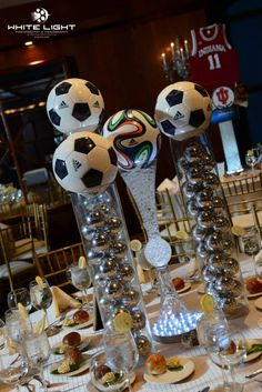 Soccert themed centerpieces created by lighter than air - www Soccer Birthday Parties, Soccer Party, Sports Party, Sports Banquet Centerpieces, Bar Mitzvah Centerpieces, Soccer Decor, Soccer Theme, Soccer Wedding, Theme Sport