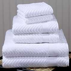 White bath towels!!