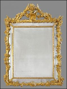 A French Rococo Style Carved Giltwood Mirror. : Lot 152-1022