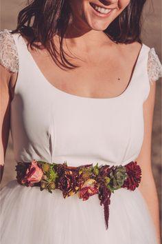 Live flower belt | Monsieur + Madame | See more on http://burnettsboards.com/2014/01/dinosaur-themed-wedding/