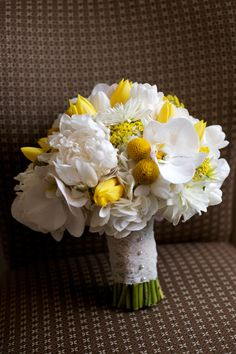 White and yellow bouquet | Photography: Artisan Events | Floral Design: K.La Designs