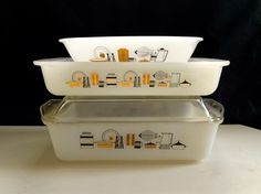 Australian Agee Pyrex Pattern: Mod Kitchen (unofficially, pattern name unknown) Circa: mid to late 1960s Models: CR200 - 2 pint round casserole CR300 - 3 pint round casserole ...