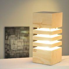 Die Holzglanz Zirbenlampen, im schlichten eleganten Design, wurden entwickelt, um nicht nur eine angenehme Atmosphäre, sondern auch um ein wohltuendes Wohnklima zu schaffen. Bereits die geringe Wärmeabgabe des Leuchtkörpers reicht aus, damit das Zirbenholz seinen angenehmen und beruhigenden Duft freigibt. Ein elegantes zeitloses Design, passend für jeden Raum. Ein absoluter Hingucker für jedermann.  Netzbetrieben mit einem wechselbaren LED Spot (230V) Gefertigt in reiner Handarbeit in… Led Spots, Lighting, Design, Home Decor, Environment, Light Fixtures, Light In The Dark, Floor Lamp Base, Decoration Home