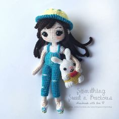 Adorable amigurumi doll. (Inspiration).