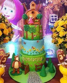 Bolo da Masha e o Urso by @bolos_personalizados_laisegama #bolosdecorados #decoratedcakes ...