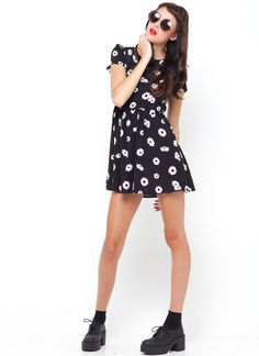 Toppy Dress Daisy Front Full 2 - pictures, photos, images