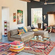 Modern and Most Popular Living Room Design Ideas for This Year Indian Home Decor, Decor, Indian Living Room Design, Living Room Designs, House Colors, Interior Design, Indian Living Rooms, Home Decor Furniture, Home Deco