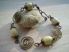"""Armband mit Jade """"Mermaid"""" von garden of shambala auf DaWanda.com"""