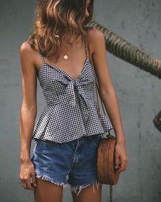 @carolinermorton #fashion #style #clothes #ootd #fashionblogger #streetstyle #styleblogger #styleinspiration #whatiworetoday #mylook #todaysoutfit #lookbook #fashionaddict #clothesintrigue